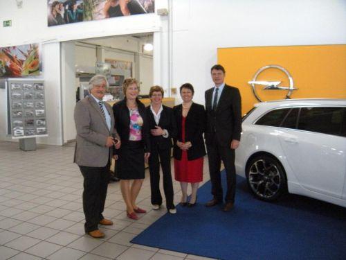 cdu setzt wirtschaftsgespräche 2011 fort – besuch im autohaus dresen
