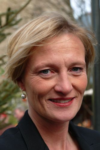 <b>...</b> Dr. <b>Daniela Leyhausen</b> für das Amt der ersten stellvertretenden <b>...</b> - leyhausen_dr._daniela