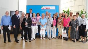 Besuchergruppe mit Lutz Lienenkämper und Jörg Geerlings