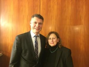 Jörg Geerlings mit Monika Mertens-Marl (Vorsitzende Nordstadtkonferenz)